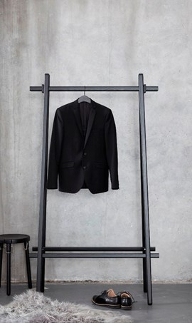 Clothes Rack Black 1.jpg